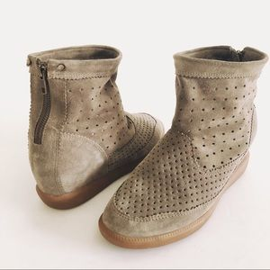 Isabel Marant Size 9 (39) Olive Basley Booties